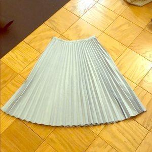 NWOT Trina Turk blue skirt